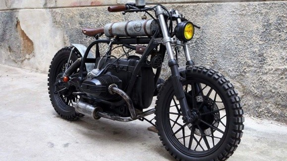 "BMW ""MAD MAX"" STYLE"