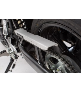 SW-MOTECH Chain Guard silver/black. BonnevT120/Street Twin/Thrux1200