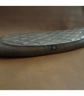 Triumph seat FLAT REAL LEATHER